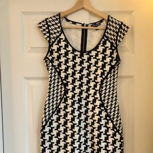 Slim fitting Express houndstooth patterned dress